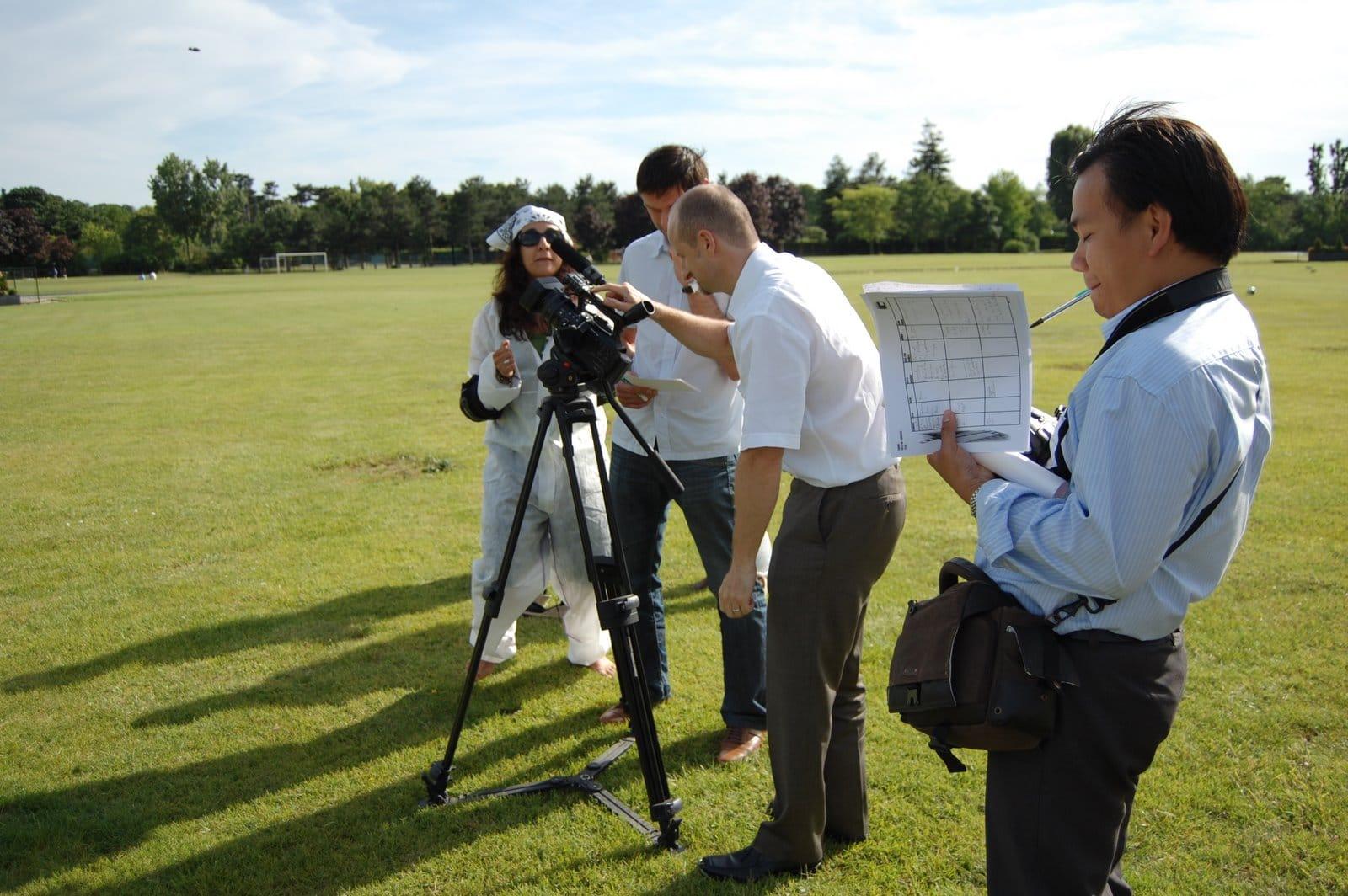 tournage de pub : les participants filment en extérieur