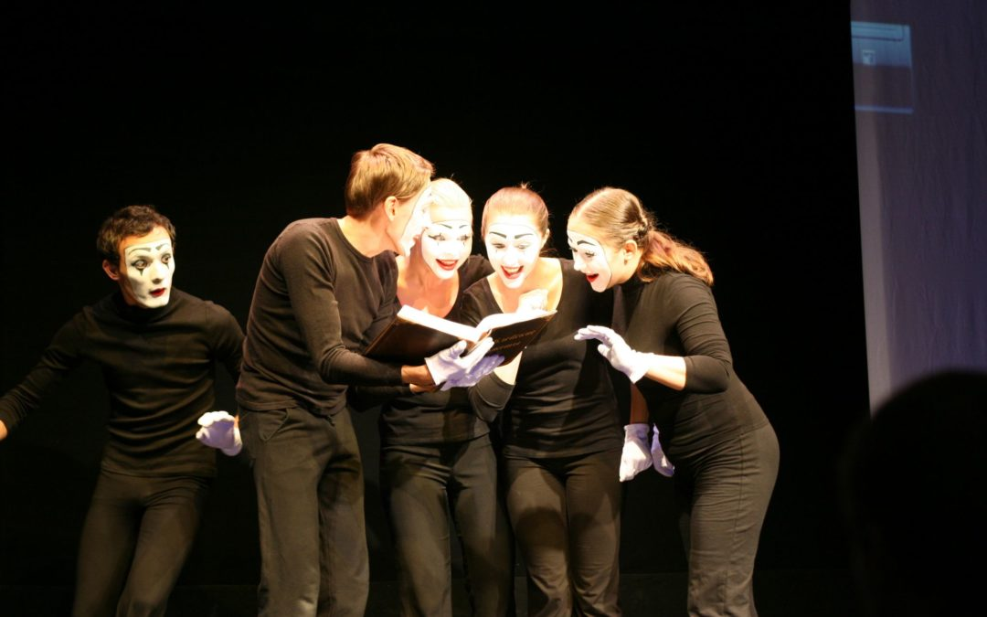 Team Building Mime